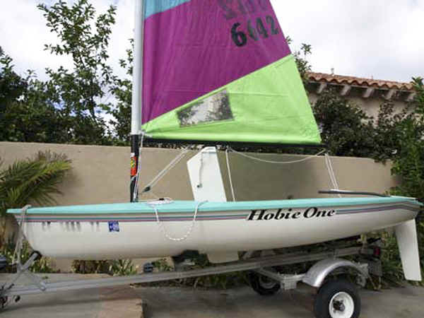 Trailex SUT-250-S Trailer withHobie Holder sailboat